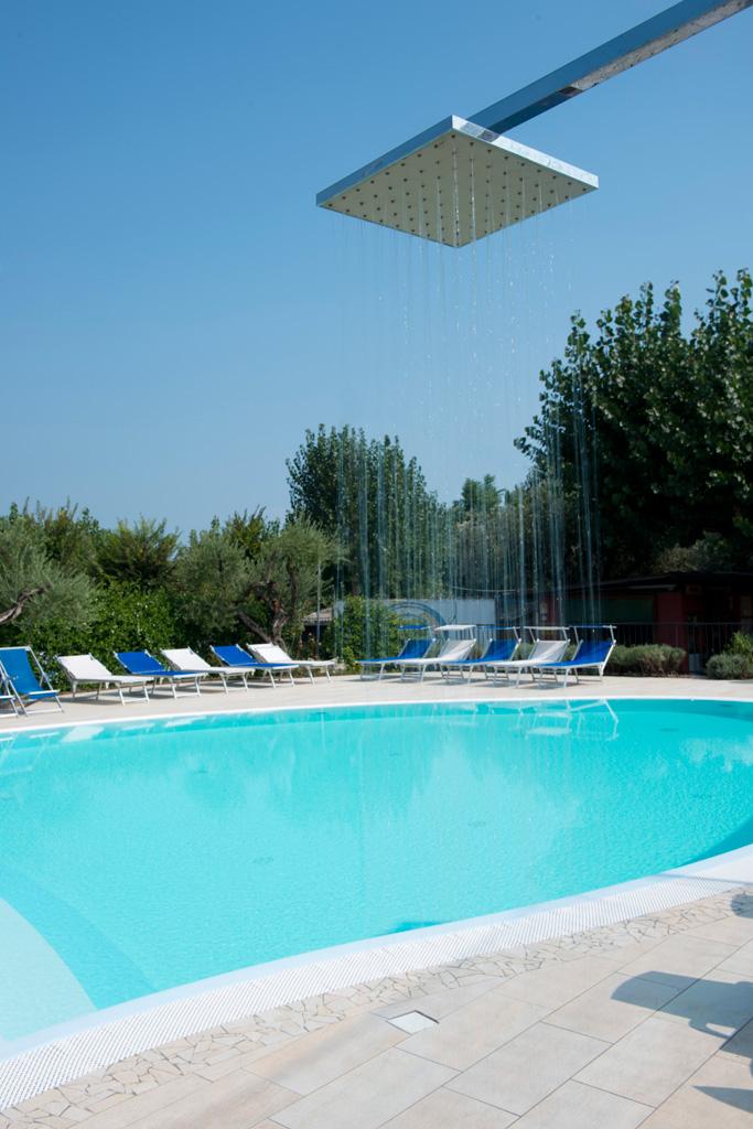 Campeggio sul lago di garda per le tue vacanze a settembre for Case vacanze sul lago di garda