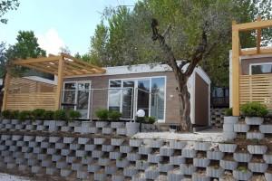 case mobili fronte lago