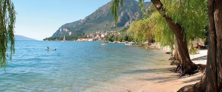spring holiday on lake garda